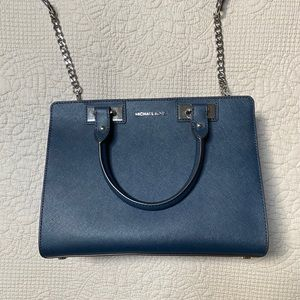 Michael Kors Quinn Medium Satchel Navy EUC